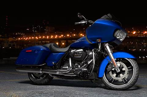 2017 FLTRX Road Glide® - Color Option