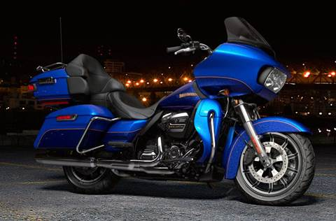 2017 FLTRU Road Glide® Ultra - Custom Color Option
