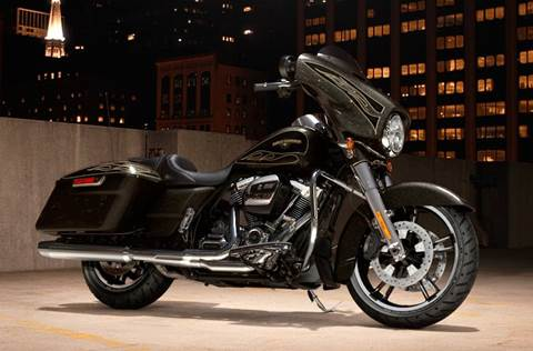 2017 FLHXS Street Glide® Special - Hard Candy Color