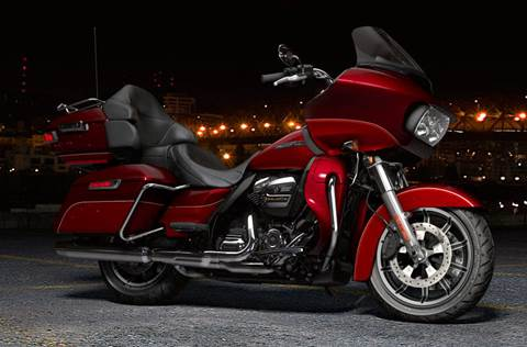 2017 FLTRU Road Glide® Ultra - Two-Tone Option