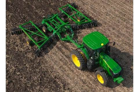 2017 2625 Three-Section Tandem Disks for Primary Tillage