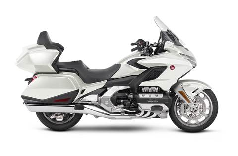 2018 Gold Wing Tour DCT - Pearl White