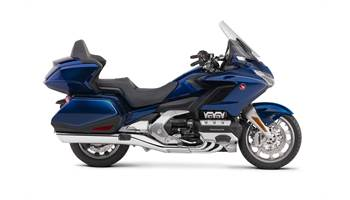 2018 Gold Wing Tour DCT - Pearl Hawkseye Blue