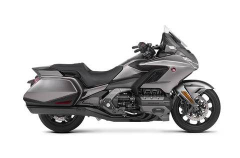 2018 Gold Wing DCT - Matte Majestic Silver