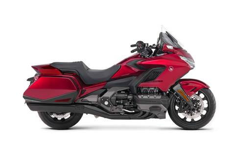 2018 Gold Wing DCT - Candy Ardent Red