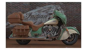 2018 Indian® Roadmaster® Classic - Two-Tone Option