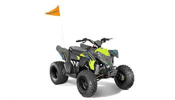 2018 Outlaw® 110 EFI - Avalanche Grey/Lime Squeeze