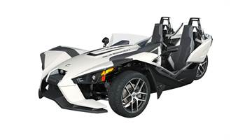 2018 Slingshot® SL - Icon Series Monument White