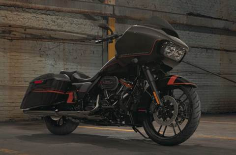 2018 CVO™ Road Glide® - Custom Color Option