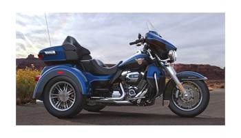 2018 Tri Glide® Ultra - Anniversary Color Option