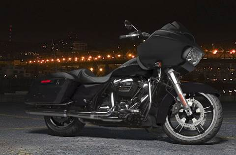 2018 Road Glide® - Vivid Black Option