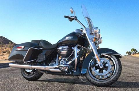 2018 Road King® - Vivid Black Option
