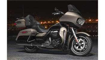 2018 Road Glide® Ultra - Two-Tone Option
