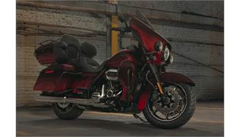 2018 CVO™ Limited - Custom Color Option