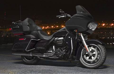 2018 Road Glide® Ultra - Vivid Black Option
