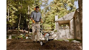 2018 MM 55 C-E STIHL YARD BOSS®