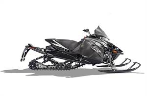 "NEW ZR 9000 137"" Limited iACT ES - SAVE $5,150.00!!"
