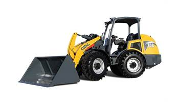 2018 750 Articulated Loader 4-Post
