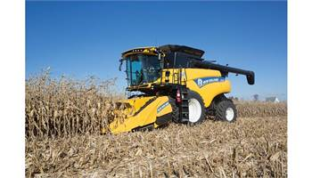 2018 Corn Head 980CF Folding Corn Header - 8 rows