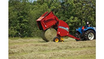 2018 Roll-Belt™ Round Baler BR7050 High-Moisture