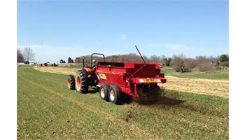 2018 V-Max Series Auger Spreaders 3954