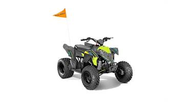 2019 OUTLAW 110 EFI, AVALANCHE GREY/LIME SQUEEZ