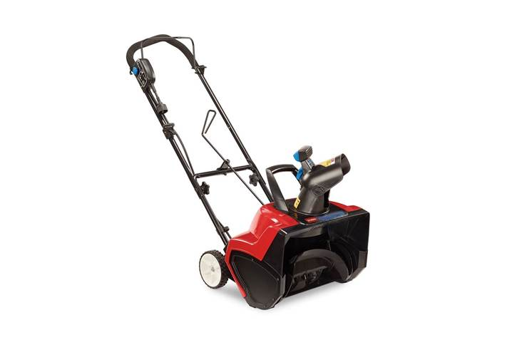 Toro Electric Snowthrower in Clive, IA