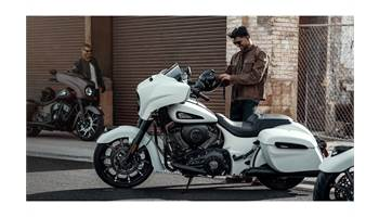 2019 Indian® Chieftain Dark Horse® - Color Option