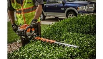 "2019 HS 82 R - 24"" Hedge Trimmer"