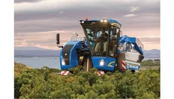 2019 Braud Compact Series Grape Harvester 7030M