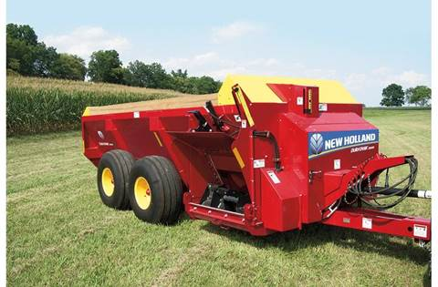 2019 DuraTank™ Side-Delivery Spreader 2000S