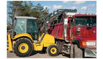 2019 B95C TC Backhoe Loader