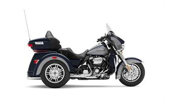 2020 Tri Glide® Ultra - Two-Tone