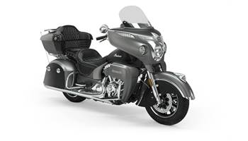 2020 Indian® Roadmaster® - Two-Tone Smoke Option