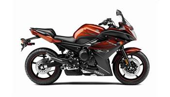 2011 FZ6R - Reddish Copper/Raven