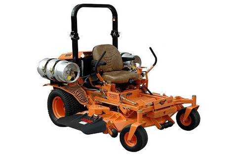 "2015 72"" Turf Tiger™ with Kubota Dual-Fuel Engine"