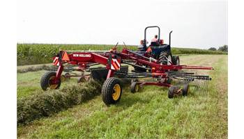 2015 ProRotor™ 3226 Dual Rotor, Center-Delivery Rake