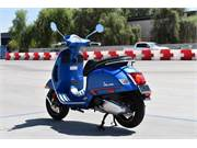 2020 VESPA GTS 300 SUPERSPORT BLUE 7