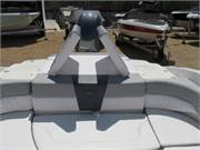 Chaparral 23 H20 OB new boats for sale 029 (9)