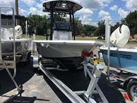 2019 Sea Pro 208 Bay Series