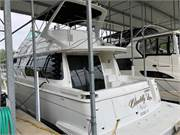 13616 2002 Carver 450 Voyager PH 1 profile