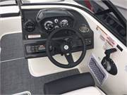 2019 Bayliner VR6 cockpit helm