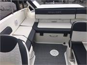 2019 Bayliner VR6 cockpit rear seat