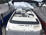 2019 Bayliner VR6 cockpit