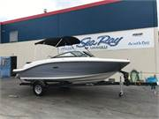 13315 2019 Sea Ray SPX 190 1 profile b