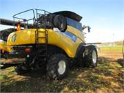 2007 New Holland CR9070 (11)