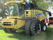 2007 New Holland CR9070 (2)
