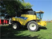 2007 New Holland CR9070 (3)