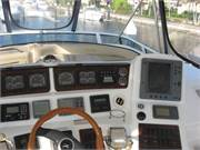 2001 Sea Ray 480 Sedan Bridge - 8