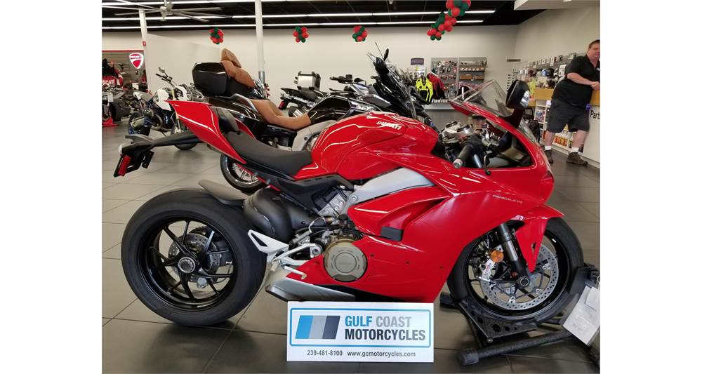 Used red Ducati Panigale